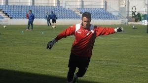Carlos Gómez golpeando balón